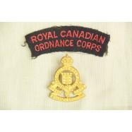 Ensemble d'insignes Royal...